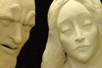 2019-dritte-Apostelgruppe-Keramik-Installation