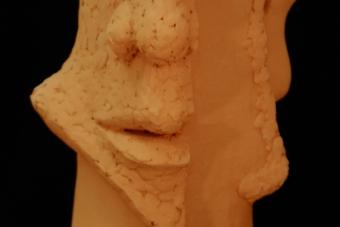 2013 Einohrhoerer Keramik H50cm